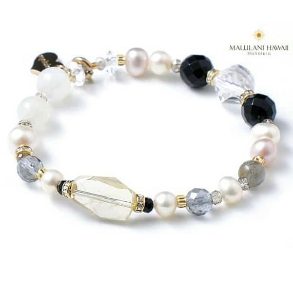 Neutral colored bracelet from Malulani Hawaii