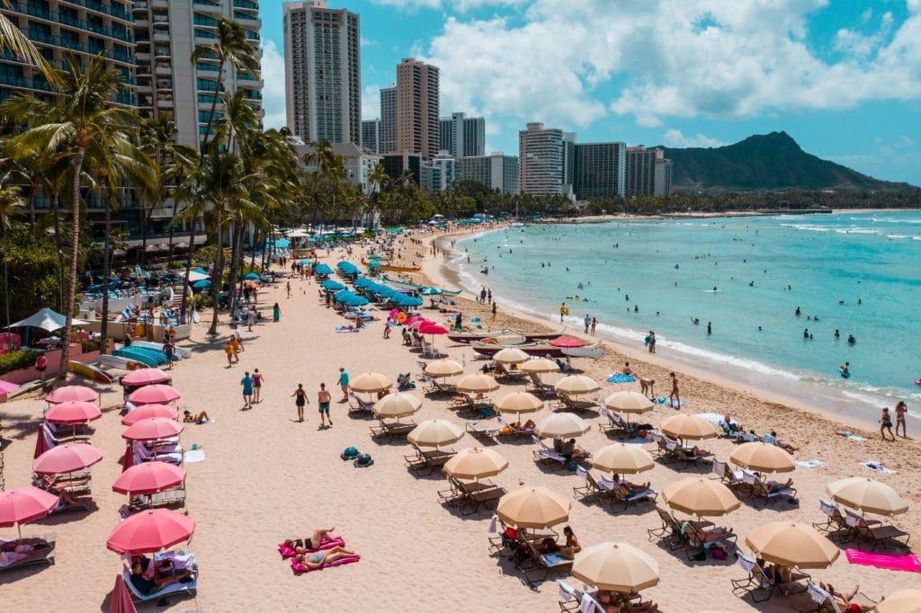 Why is Waikiki Beach Famous? - Waikiki Shopping Plaza
