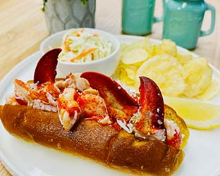 royal lobster roll